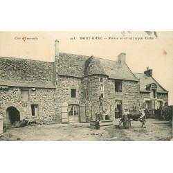 35 Rotheneuf SAINT-IDEUC. Maison où est né Jacques Cartier avec Paysannes au Puits