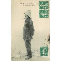 17 ILE D'OLERON. Type de vieux Marin à la pipe 1921
