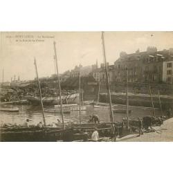 56 PORT-LOUIS. Bateaux de Pêcheurs sur le Boulevard et rue de la Pointe