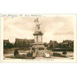 carte postale ancienne 02 TERGNIER. Le Monument aux Morts