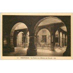 carte postale ancienne 66 PERPIGNAN. Cour Hôtel de Ville