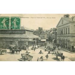 36 CHATEAUROUX. Halles Place Hôtel de Ville 1916