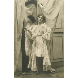 59 DOUAI. Chaussures Queneutte-Lefin 6 rue de Valenciennes. Photo Carte rare publicitaire