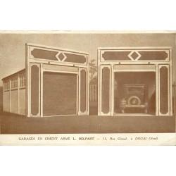 59 DOUAI. Garages Delpart en ciment au 11 rue Giroud avec voiture ancienne