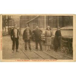 MINES ET MINEURS. Transport des bois pour boisage des galeries 1931