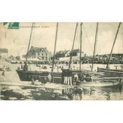 44 BATZ-SUR-MER. Port d'attache des Bateaux de Pêche vers 1908