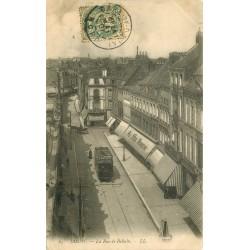 59 DOUAI. Tramway devant Le Bon Marché rue de Bellain 1907