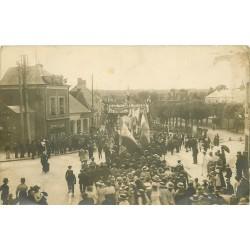 Photo Cpa 36 CLION. Le Mail Fête Gloire aux Poilus 1919 et café Sinault