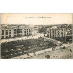 carte postale ancienne 66 PERPIGNAN. Place Notre-Dame. Grand Bazar et Café de la Paix