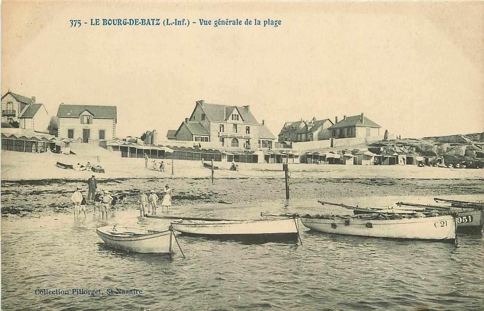 44 LE BOURG-DE-BATZ. Barques de Pêcheurs sur la Plage