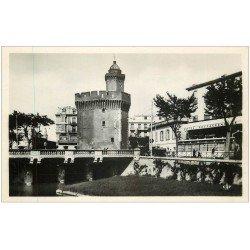 carte postale ancienne 66 PERPIGNAN. Restaurant Hôtel de France et Castillet carte photo