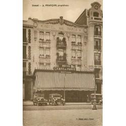 59 DOUAI. Voitures anciennes devant Hôtel Café de Paris tenu par M. François avec Garage