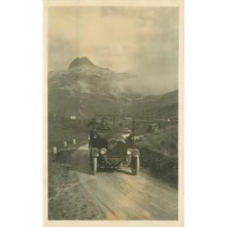 SUISSE. Oberalp mit Passhöhe. Transport en voiture-car