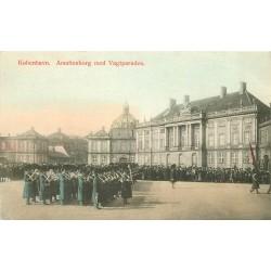 Danemark KOBENHAVN. Amalienborg med Vagtparaden