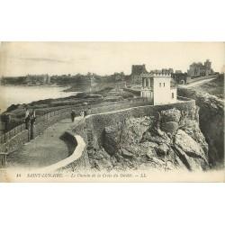 35 SAINT-LUNAIRE. Le Chemin de la Croix du Décollé 1915
