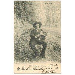 carte postale ancienne 63 AUVERGNE. Joueur de Musette 1903 Musicien