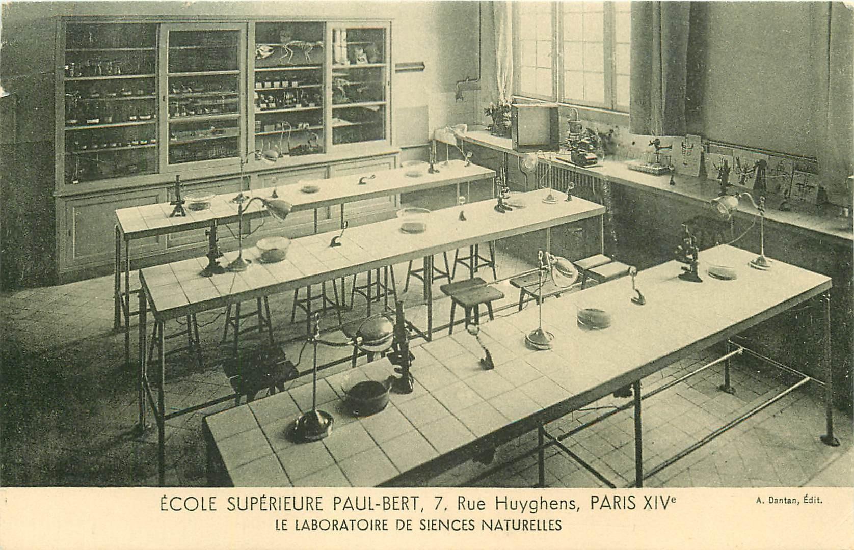 PARIS 14. Ecole Supérieure Paul-Bert 7 rue Huyghens. La boratoire de Sciences naturelles
