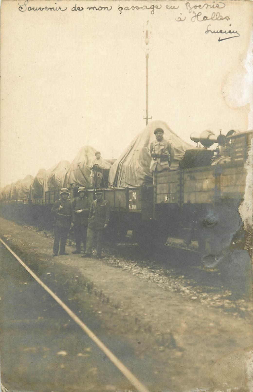 BOSNIE HERZEGIVINE. Militaires et canon sur train lors du passage du Général Haller 1919