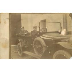 Photo cpa ROUMANIE ROMANIA. Personnage important dans une superbe voiture décapotable 1911