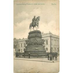BERLIN. Denkmal König Friedrich II unter den Linden
