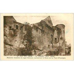 carte postale ancienne 63 BESSE. Le Château du Juge-Châtelain 1942