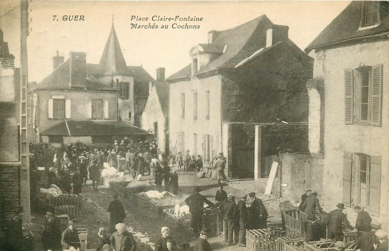 56 GUER. Marché aux Cochons Place Claire Fontaine 1932