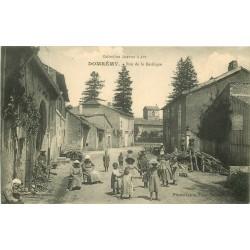 88 DOMREMY. Ronde d'enfants rue de la Basilique 1906
