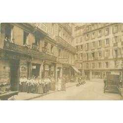 PARIS 02. Cave à vins et Plumassier Morin rue d'Antin 1905