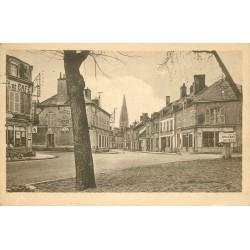 Deux cpa 45 FAY-AUX-LOGES. Café Tabac et Hotel du Commerce sur la Place 1952 et Eglise 1942