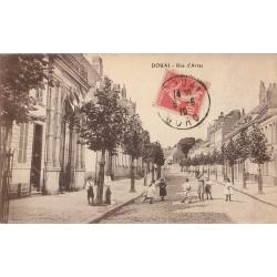 59 DOUAI. Animation rue d'Arras 1919