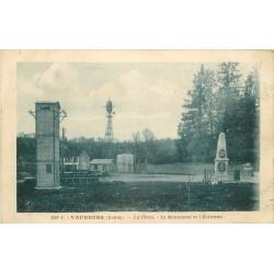 89 VAUDEURS. Place, Monument et Eolienne