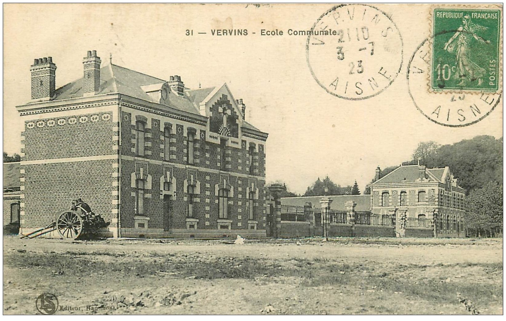 carte postale ancienne 02 VERVINS. Ecole Communale 1923