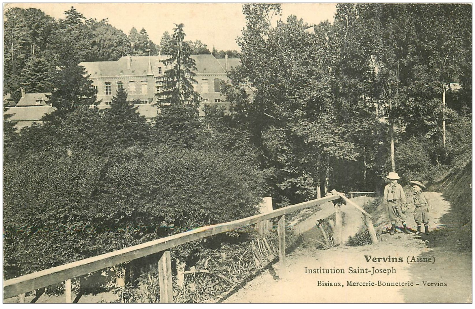 carte postale ancienne 02 VERVINS. Institution Saint-Joseph 1906