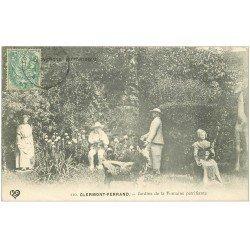 carte postale ancienne 63 CLERMONT-FERRAND. Jardins Fontaine pétrifiante 1906
