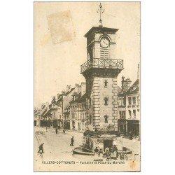 carte postale ancienne 02 VILLERS-COTTERETS. Fontaine et Beffroi Place du Marché 1920