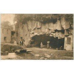 carte postale ancienne 63 ROYAT. Grotte des Laveuses 1910