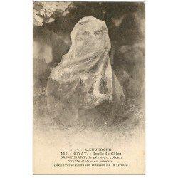 carte postale ancienne 63 ROYAT. Grotte du Chien. Saint-Mart le Génie du Volcan. Statue en marbre