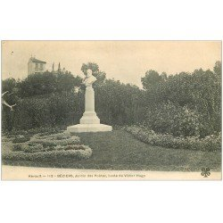carte postale ancienne 34 BEZIERS. Buste Victor Hugo Jardin des Poètes 1904