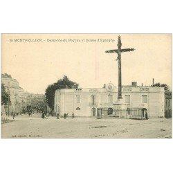 carte postale ancienne 34 MONTPELLIER. Caisse d'Epargne descente du Peyrou