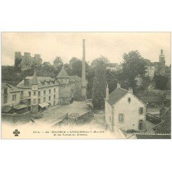 carte postale ancienne 03 BOURBON L'ARCHAMBAULT. Moulins et Château vers 1900