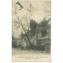 carte postale ancienne 03 BOURBON L'ARCHAMBAULT. Mur d'enceinte du Château