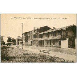 carte postale ancienne 34 PALAVAS-LES-FLOTS. Chalets Boulevard de la Gare. Timbre absent