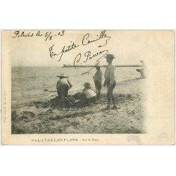 carte postale ancienne 34 PALAVAS-LES-FLOTS. Sur la Plage 1903. Carte Photo