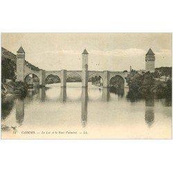 carte postale ancienne 46 CAHORS. Le Pont Valentré 1913