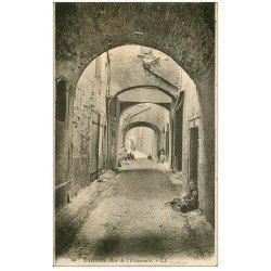 carte postale ancienne 46 CAHORS. Rue de l'Université 1925 avec écoliers
