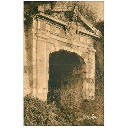 carte postale ancienne 17 BROUAGE. Porte Nord. Editions Bergevin