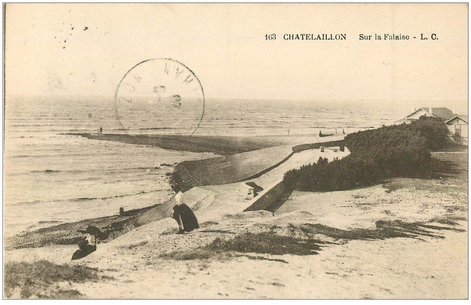 carte postale ancienne 17 CHATELAILLON. Falaise 1923