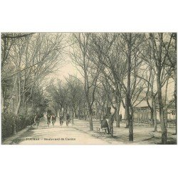 carte postale ancienne 17 FOURAS-LES-BAINS. Cyclistes Marins Boulevard du Casino 1902