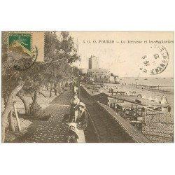 carte postale ancienne 17 FOURAS-LES-BAINS. Terrasse et Sapinettes 1921
