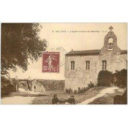 carte postale ancienne 17 ILE D'AIX. Eglise et Porte de Bois-Joly 1926